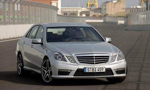 Усовершенствованный Mercedes-Benz E63 AMG